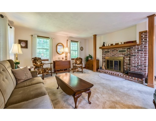 Picture 11 of 31 Lakeshore Ave  Beverly Ma 4 Bedroom Single Family