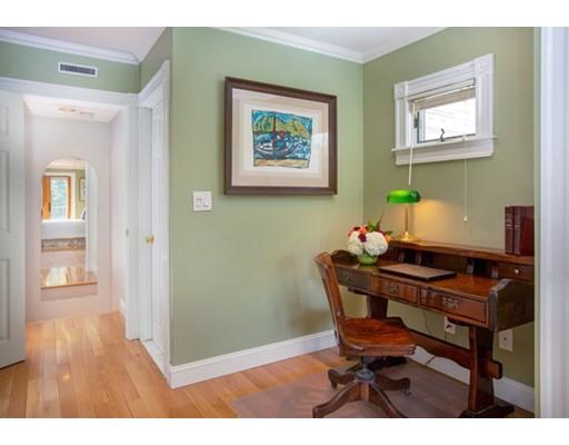 Picture 10 of 7 Lexington St Unit 1 Boston Ma 2 Bedroom Condo