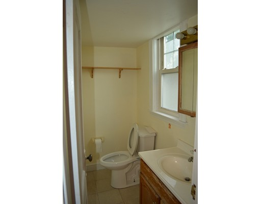 Picture 10 of 25 South Bayfield Rd  Quincy Ma 3 Bedroom Single Family