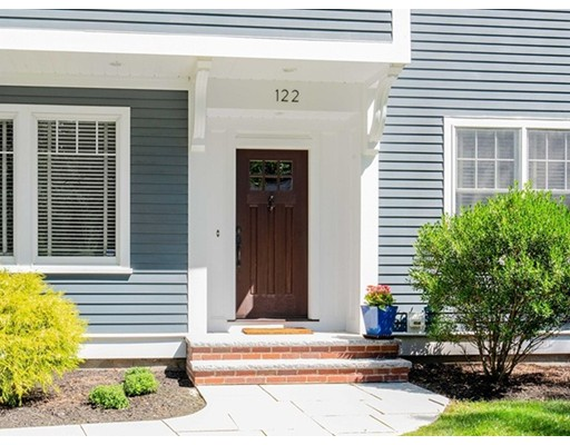 Picture 2 of 122 Crescent Rd  Concord Ma 5 Bedroom Single Family
