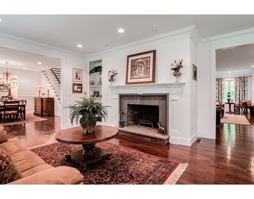 Picture 4 of 122 Crescent Rd  Concord Ma 5 Bedroom Single Family