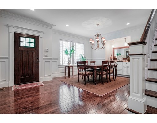 Picture 5 of 122 Crescent Rd  Concord Ma 5 Bedroom Single Family