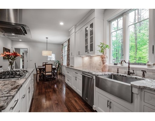 Picture 8 of 122 Crescent Rd  Concord Ma 5 Bedroom Single Family
