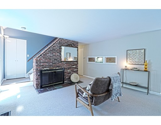 Picture 6 of 102 The Valley Rd  Concord Ma 4 Bedroom Single Family