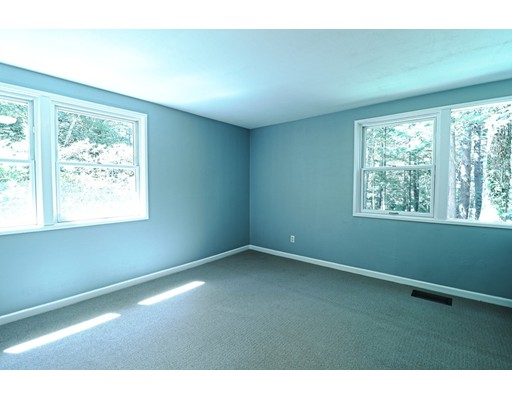 Picture 9 of 102 The Valley Rd  Concord Ma 4 Bedroom Single Family