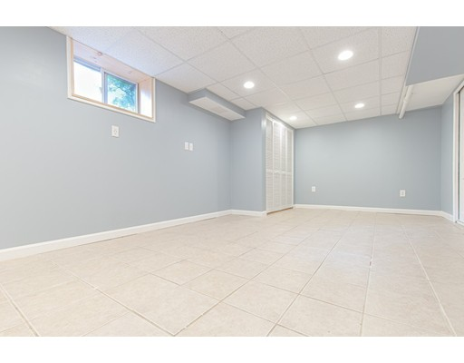 Picture 10 of 103-105 Harnden Ave Unit 1 Watertown Ma 3 Bedroom Condo