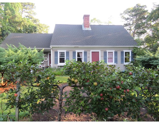 189 Woodstock Dr, Brewster, MA 02631