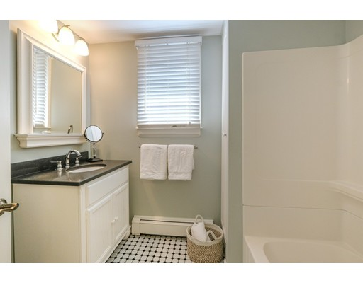 Picture 8 of 78 Riverview Cir  Wayland Ma 3 Bedroom Single Family