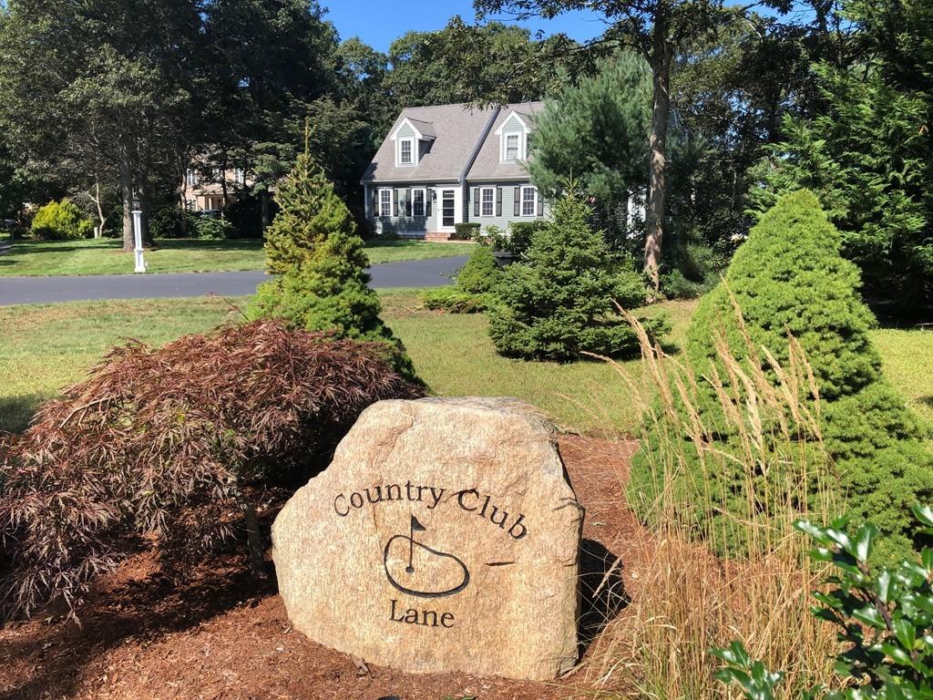 80 Country Club Ln, Falmouth, Massachusetts