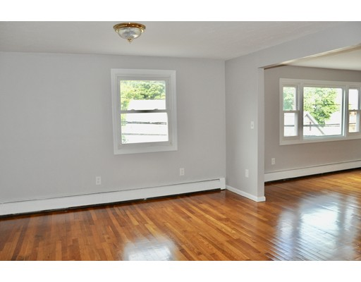 Picture 4 of 133 Centre St  Quincy Ma 5 Bedroom Multi-family