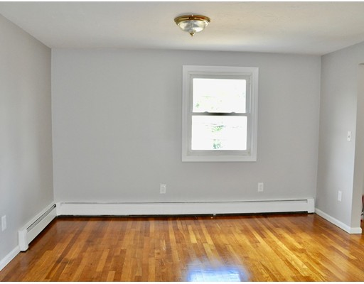 Picture 5 of 133 Centre St  Quincy Ma 5 Bedroom Multi-family