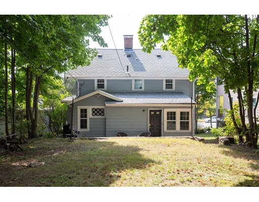 Picture 10 of 369 Fellsway West  Medford Ma 3 Bedroom Single Family