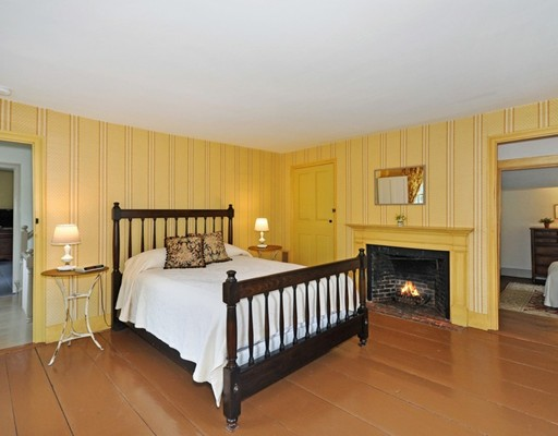 Picture 13 of 69 Walden St  Concord Ma 4 Bedroom Single Family