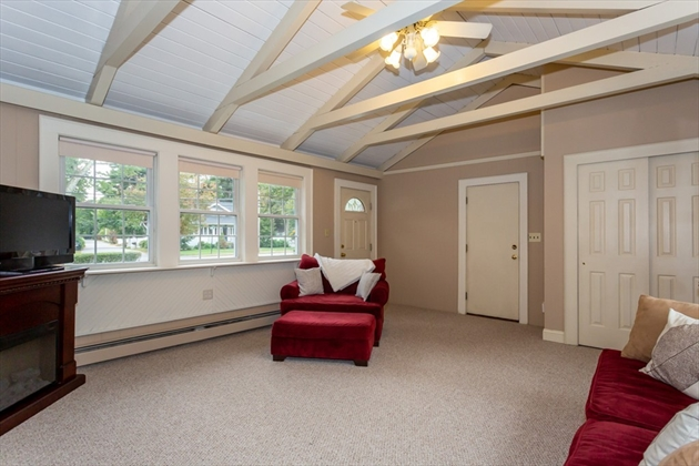Picture 4 of 101 W Plain St  Wayland Ma 4 Bedroom Single Family