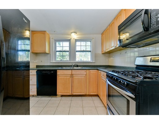 Picture 10 of 207 Boston Post Rd  Wayland Ma 3 Bedroom Single Family