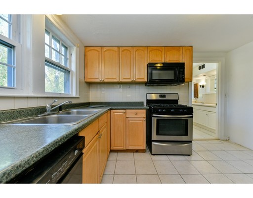 Picture 12 of 207 Boston Post Rd  Wayland Ma 3 Bedroom Single Family