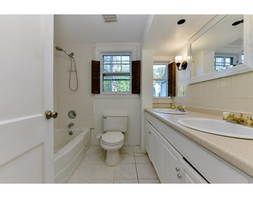 Picture 13 of 207 Boston Post Rd  Wayland Ma 3 Bedroom Single Family