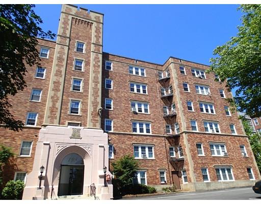 Picture 2 of 195 Thomas Burgin Parkway Unit 208 Quincy Ma 1 Bedroom Condo