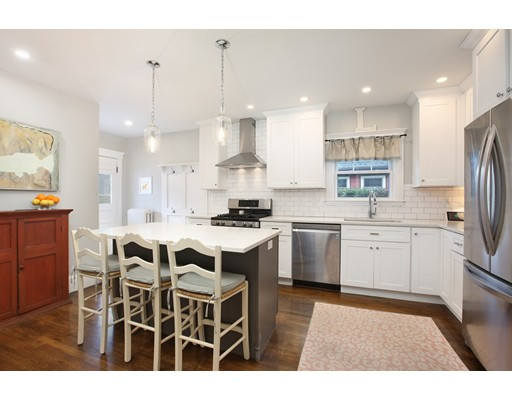 Picture 3 of 3 Avalon Rd  Milton Ma 3 Bedroom Single Family