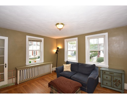 Picture 2 of 69 South Walnut St  Quincy Ma 3 Bedroom Single Family
