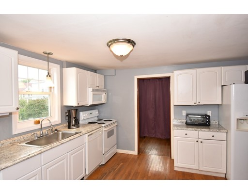 Picture 4 of 69 South Walnut St  Quincy Ma 3 Bedroom Single Family