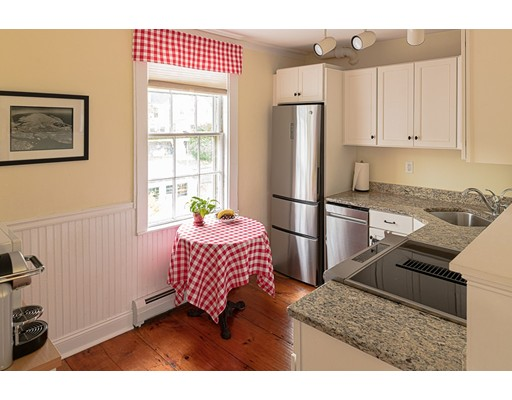 Picture 3 of 16 State St Unit A2 Marblehead Ma 2 Bedroom Condo