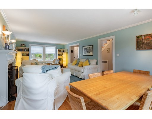 Picture 10 of 4 Robert Rd  Marblehead Ma 4 Bedroom Single Family