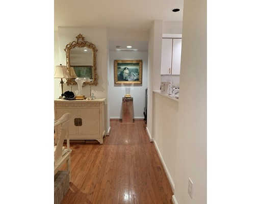 Picture 5 of 173 Oak St Unit G5 Newton Ma 2 Bedroom Condo