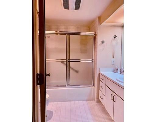 Picture 8 of 173 Oak St Unit G5 Newton Ma 2 Bedroom Condo