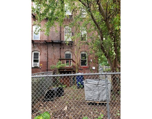 Picture 5 of 23 Warwick  Boston Ma 3 Bedroom Multi-family