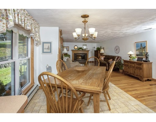 Picture 6 of 8 Earlene Dr  Saugus Ma 3 Bedroom Single Family
