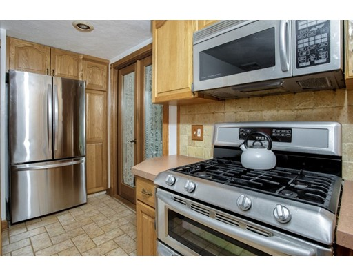 Picture 8 of 8 Earlene Dr  Saugus Ma 3 Bedroom Single Family