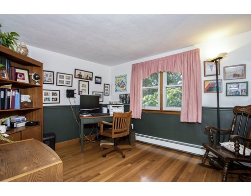 Picture 12 of 8 Earlene Dr  Saugus Ma 3 Bedroom Single Family