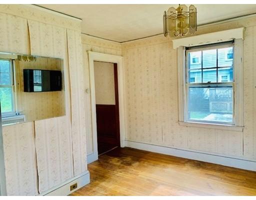 Picture 8 of 29 Puritan Rd  Arlington Ma 3 Bedroom Single Family