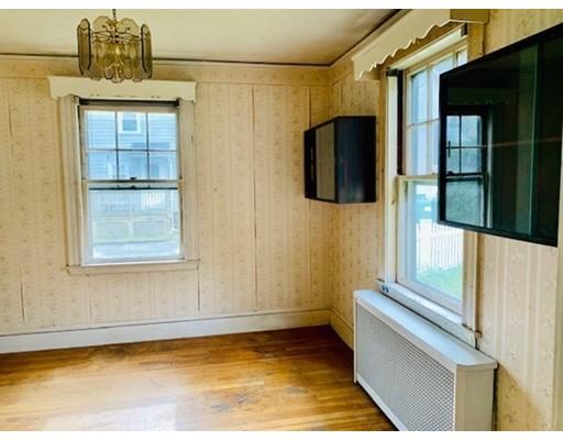 Picture 9 of 29 Puritan Rd  Arlington Ma 3 Bedroom Single Family