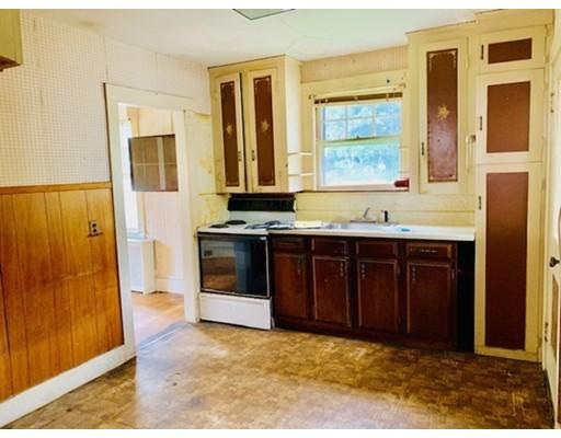 Picture 10 of 29 Puritan Rd  Arlington Ma 3 Bedroom Single Family