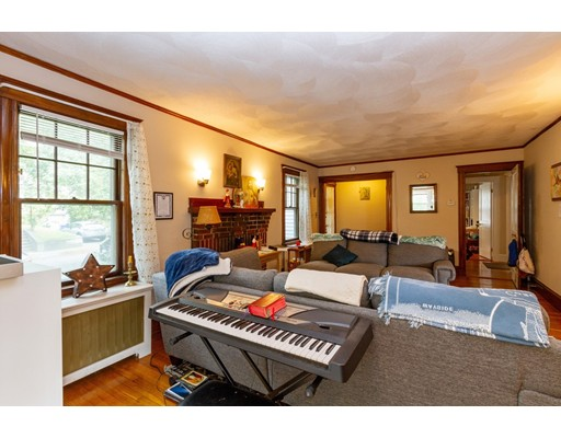 Picture 5 of 36-38 Whittemore Rd  Newton Ma 4 Bedroom Multi-family