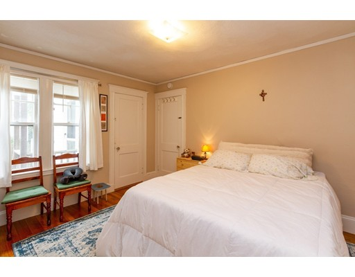 Picture 11 of 36-38 Whittemore Rd  Newton Ma 4 Bedroom Multi-family