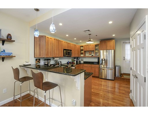 Picture 3 of 34 Madison St Unit 2 Somerville Ma 3 Bedroom Condo