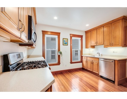 Picture 3 of 1057 Broadway Unit 1 Somerville Ma 3 Bedroom Condo