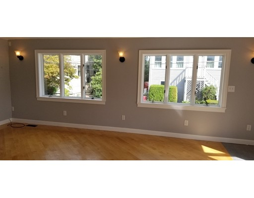 Picture 3 of 71 Huntress St  Quincy Ma 1 Bedroom Single Family