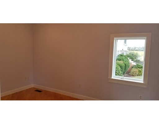 Picture 6 of 71 Huntress St  Quincy Ma 1 Bedroom Single Family