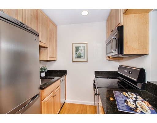 Picture 6 of 49 Warren Ave Unit G1 Boston Ma 1 Bedroom Condo
