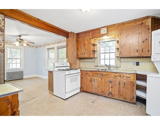 Picture 4 of 15 California Park  Watertown Ma 3 Bedroom Single Family