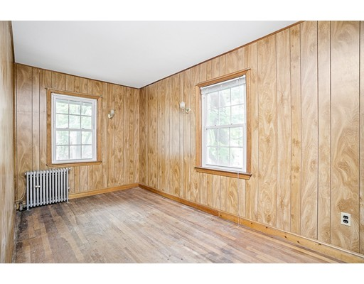Picture 9 of 15 California Park  Watertown Ma 3 Bedroom Single Family