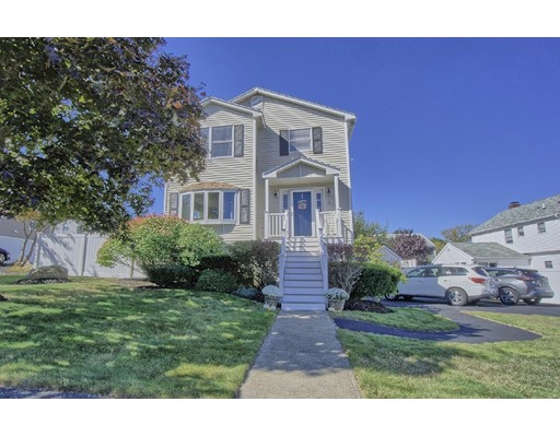 Picture 3 of 1 Janet Lane  Peabody Ma 3 Bedroom Single Family