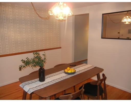 Picture 5 of 12 Colonial Village Dr Unit 7 Arlington Ma 1 Bedroom Condo