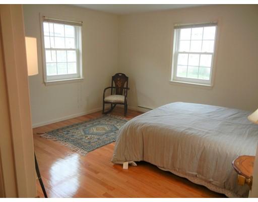 Picture 10 of 12 Colonial Village Dr Unit 7 Arlington Ma 1 Bedroom Condo