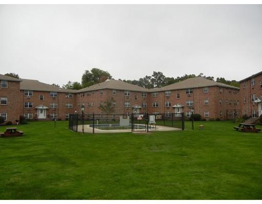 Picture 12 of 12 Colonial Village Dr Unit 7 Arlington Ma 1 Bedroom Condo