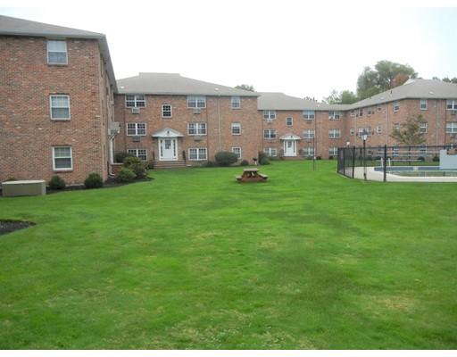 Picture 13 of 12 Colonial Village Dr Unit 7 Arlington Ma 1 Bedroom Condo